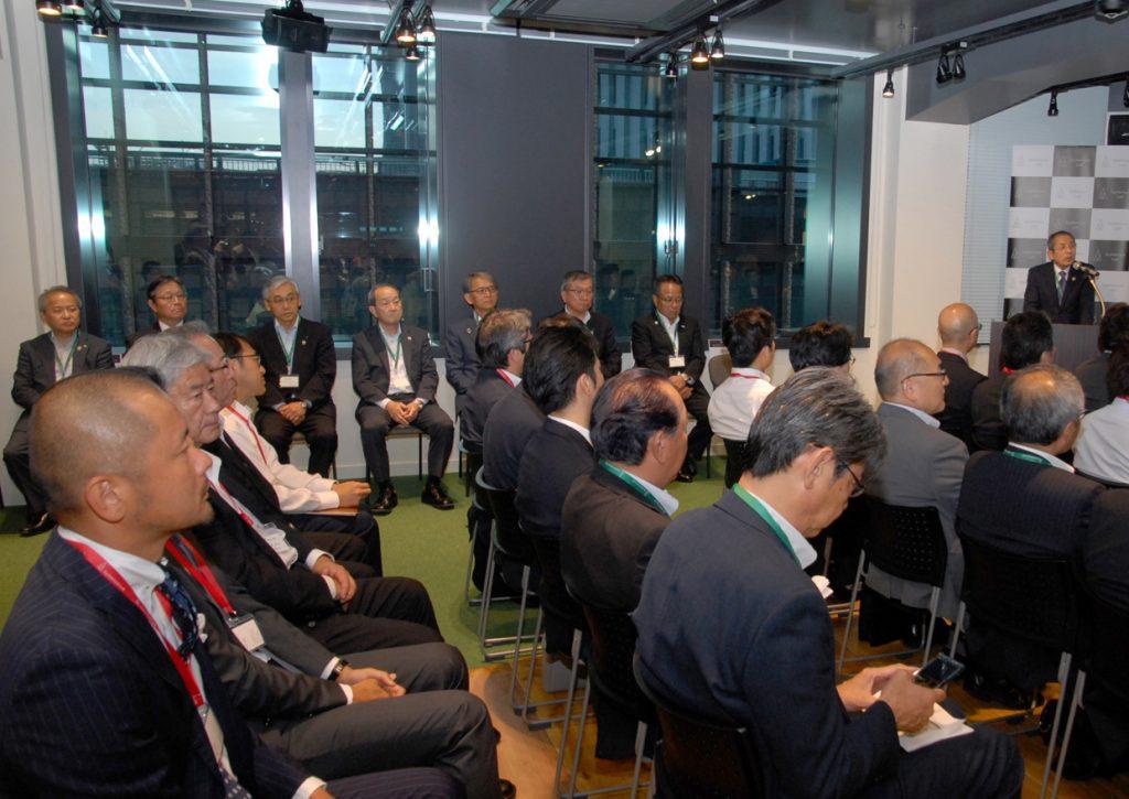 JAグループ全国8団体が、外部組織と連携し技術とアイデアで新事業・サービス創出、課題解決の拠点「AgVenture Lab(アグベンチャーラボ)」を東京・大手町に開設