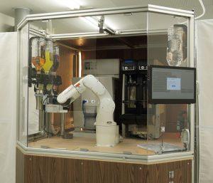 TechMagic 1杯あたり約30秒でレモンサワーやハイボールなどドリンクを作成するロボット